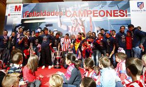 Visita a la Comunidad tras la consecución de la Copa del Rey