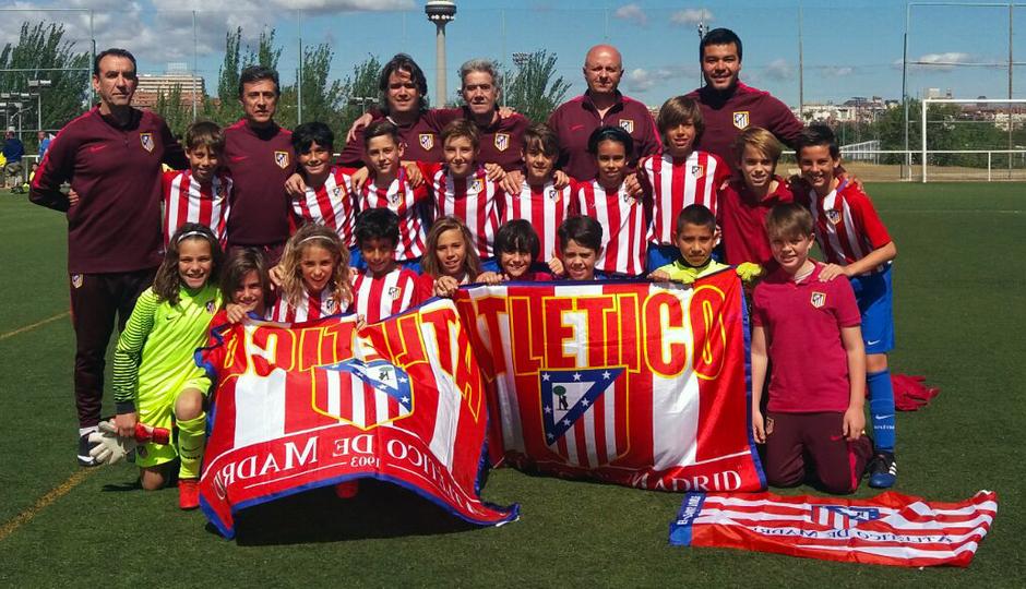 2016-2017 - Alevín B: Celebración liga GALERÍA ACADEMIA 2017