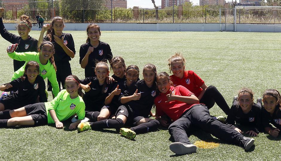 2016-2017 - Femenino Alevín A: Celebración liga GALERÍA ACADEMIA 2017