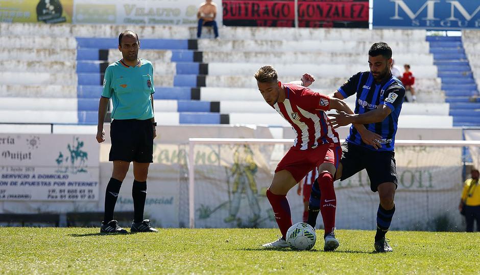 Temp. 16/17 | Parla - Atlético de Madrid B | Rober