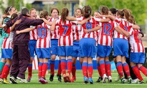 Temporada 2012-2013. Las jugadoras del Féminas D celebraron el título de Liga