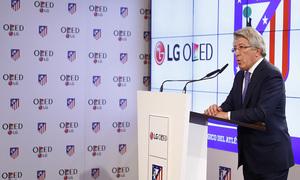 Temporada 16/17. Acto presentación LG OLED. Vicente Calderón. Enrique Cerezo