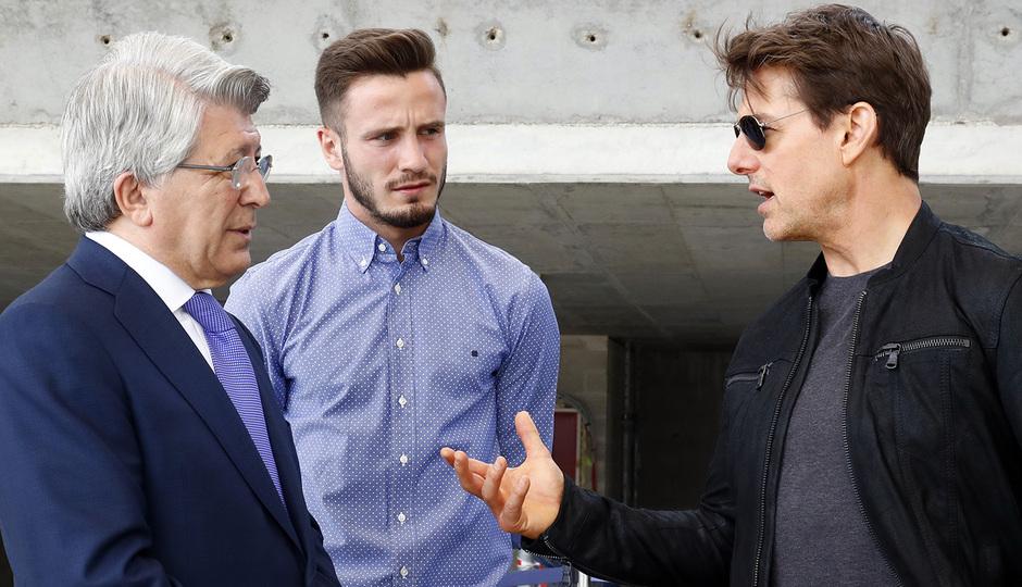 Visita Tom Cruise y equipo de La Momia al Wanda Metropolitano | Saúl y Enrique Cerezo