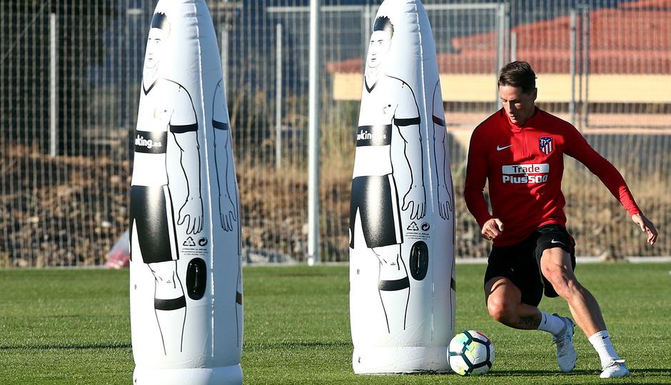 Temp. 17-18 | Entrenamiento en Los Ángeles de San Rafael. 11/7/2017. Fernando Torres