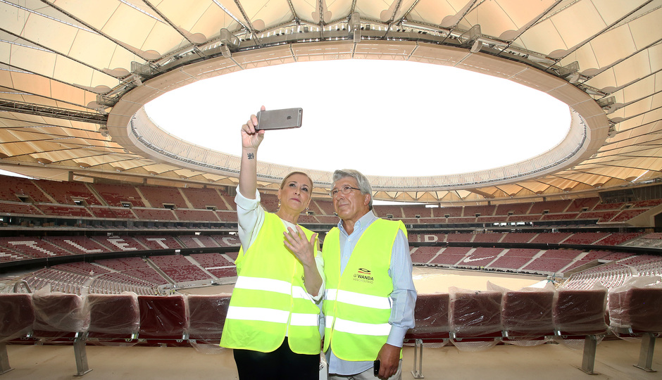 Temporada 17/18. Visita Cifuentes al Wanda Metropolitano.