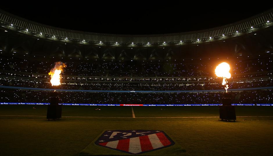 Inauguración del Wanda Metropolitano. 16 de septiembre de 2017. Imagen espectacular oscura