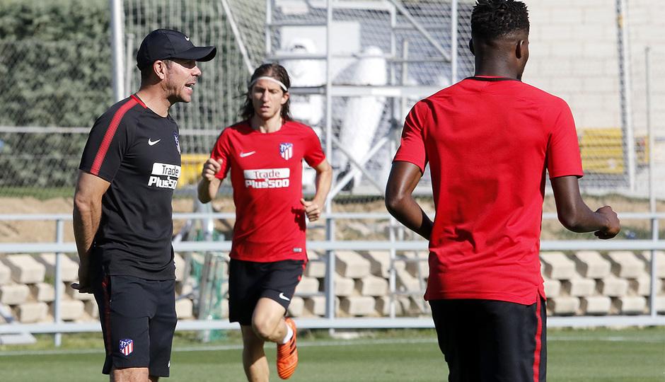 Temporada 17/18 | 13/10/2017 | Entrenamiento en la Ciudad Deportiva Wanda | Simeone