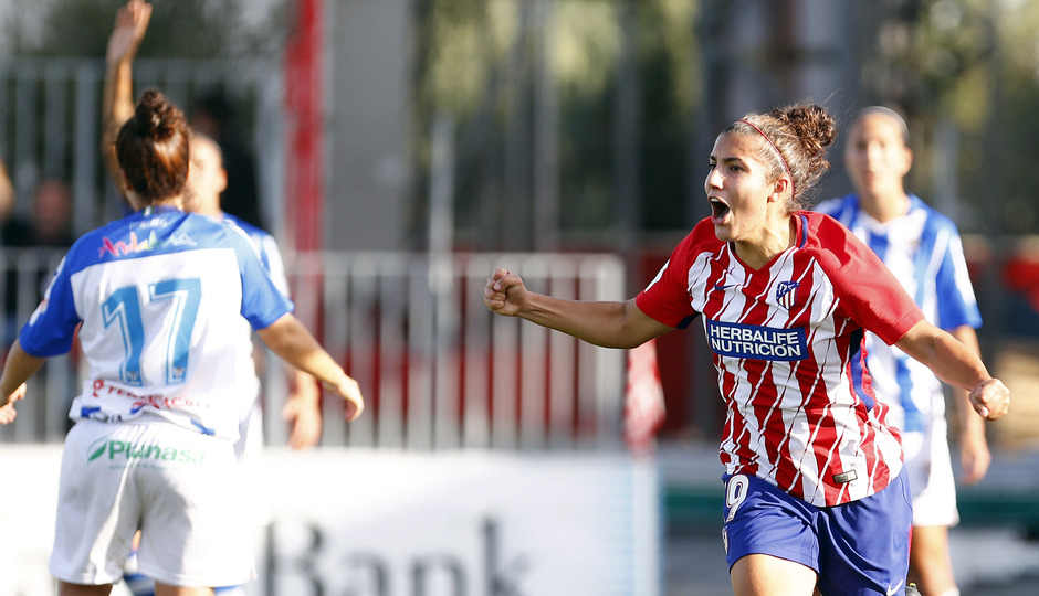 Temporada 17/18. Partido entre el Atlético de Madrid Femenino contra el Sporting de Huelva. Gol de Carla.