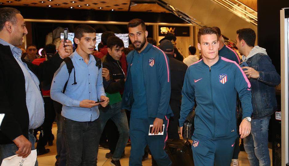 Moyá y Gameiro en el hotel en Bakú
