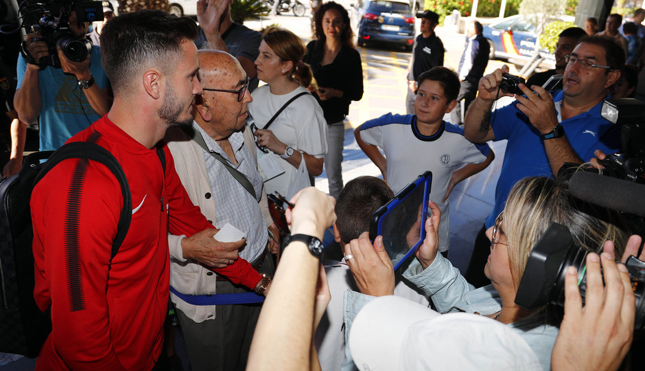 Temp. 17-18. Llegada del equipo a Alicante. Saúl