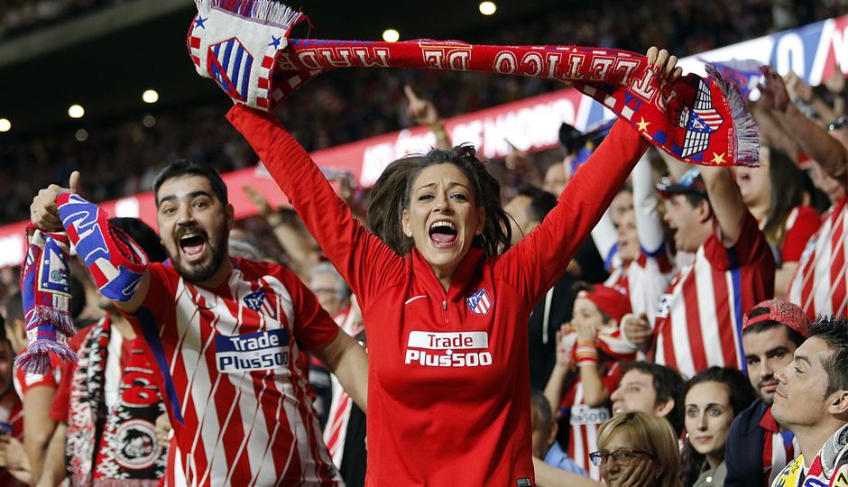 Temp. 17-18 | Atlético de Madrid-Villarreal | Afición celebrando gol 2