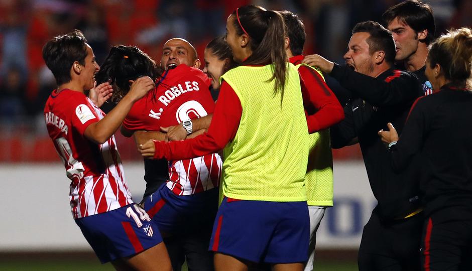 temp. 17-18. Atlético de Madrid Femenino-FC Barcelona. La otra mirada. Kenti Robles y Villacampa