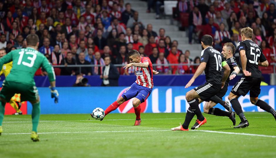 Temp. 17/18 | Atlético de Madrid - Qarabag | Correa
