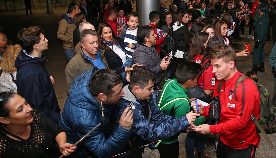 Temp. 2017-2018. Llegada del equipo a La Coruña. Gameiro
