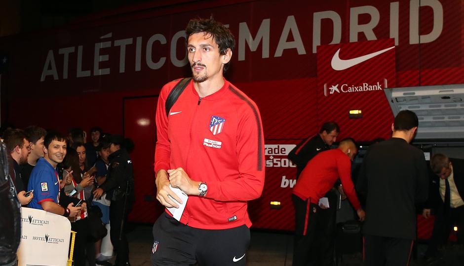 Temp. 2017-2018. Llegada del equipo a La Coruña. Savic