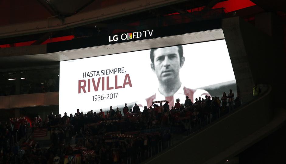 Temp. 17-18 | Atlético de Madrid - Real Madrid | Minuto de silencio Rivilla 1