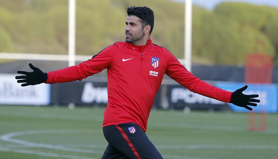 Temporada 17/18 | 24/11/2017 | Entrenamiento primer equipo | Diego Costa