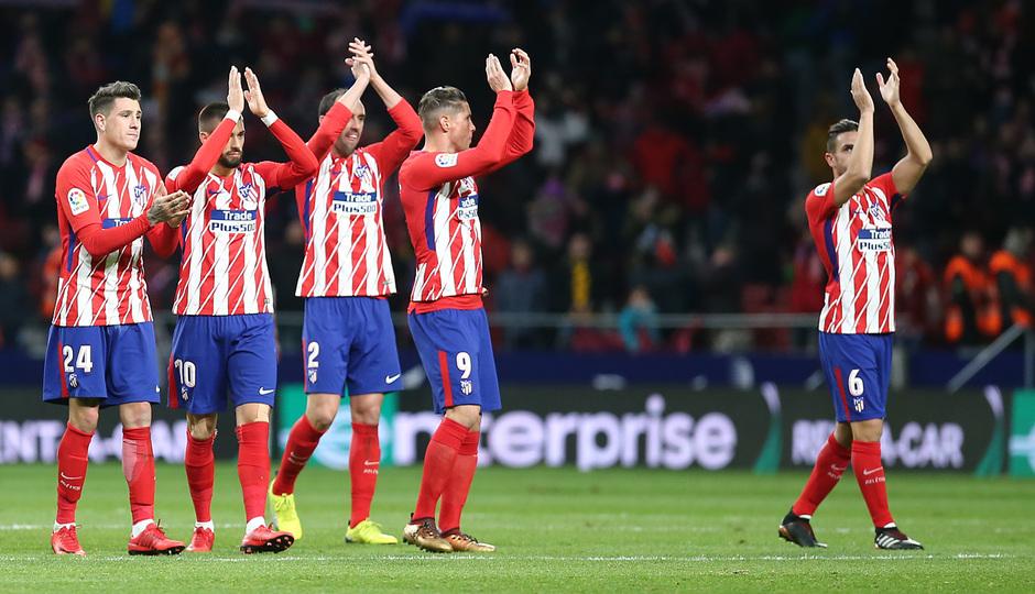 temporada 17/18. Partido en el Wanda Metropolitano. Atlético Real Sociedad. Aplausos