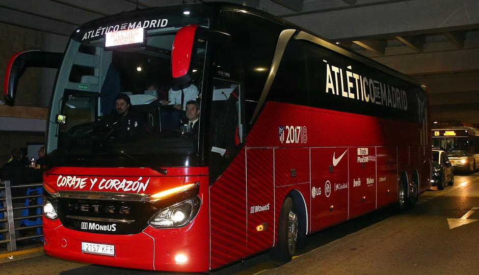 Temp. 2017-2018. Llegada a Sevilla. Autobús