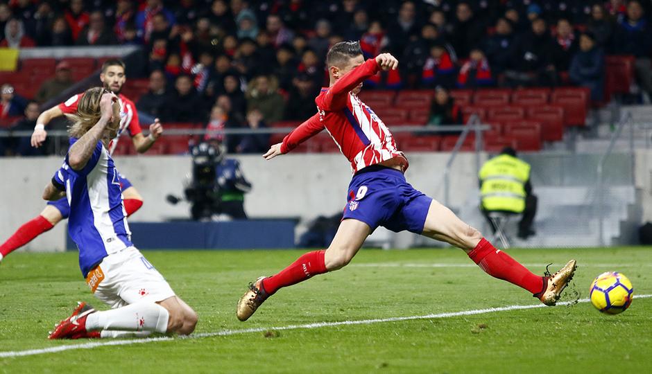 Temp. 17-18   Atlético de Madrid-Alavés   Fernando Torres