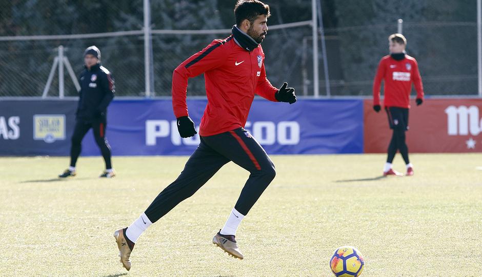 Temporada 17/18 | Entrenamiento en la Ciudad Deportiva Wanda | 12/01/2018 | Diego Costa