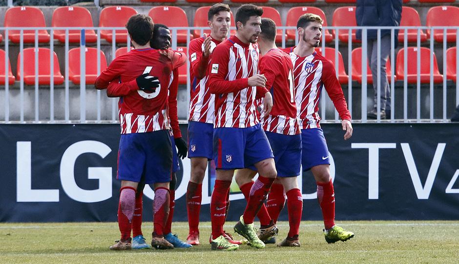 Temporada 17/18 | Atlético B - Adarve | Celebración, gol de Ródenas