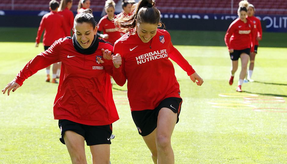 Temp. 17/18 | Entrenamiento Femenino Wanda Metropolitano | 16-03-2018 | Silvia Meseguer y Viola Calligaris