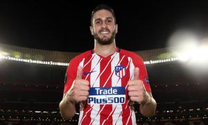 temporada 17/18. Partido Wanda Metropolitano. Atlético Sporting Portugal. Uefa Europa League. Koke 362 partidos