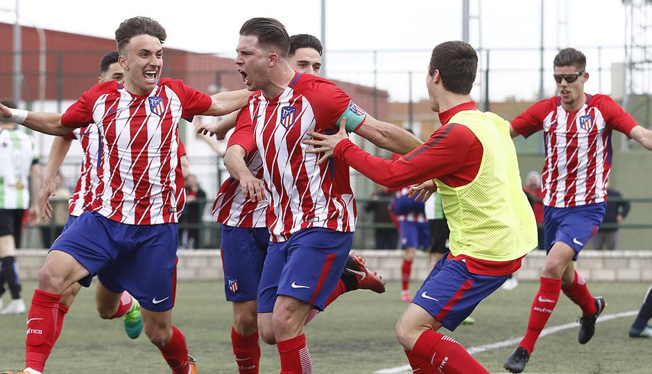 Temp. 17-18 | Almendralejo - Atlético de Madrid Juvenil A. Celebración gol. JC, Agüero
