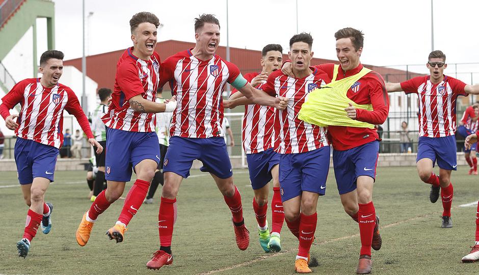 Temp. 17-18 | Almendralejo - Atlético de Madrid Juvenil A. Celebración