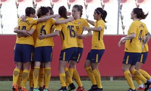 Temp 17/18 | Sevilla FC - Atlético de Madrid Femenino | Jornada 26 | 14-04-18 | Celebración