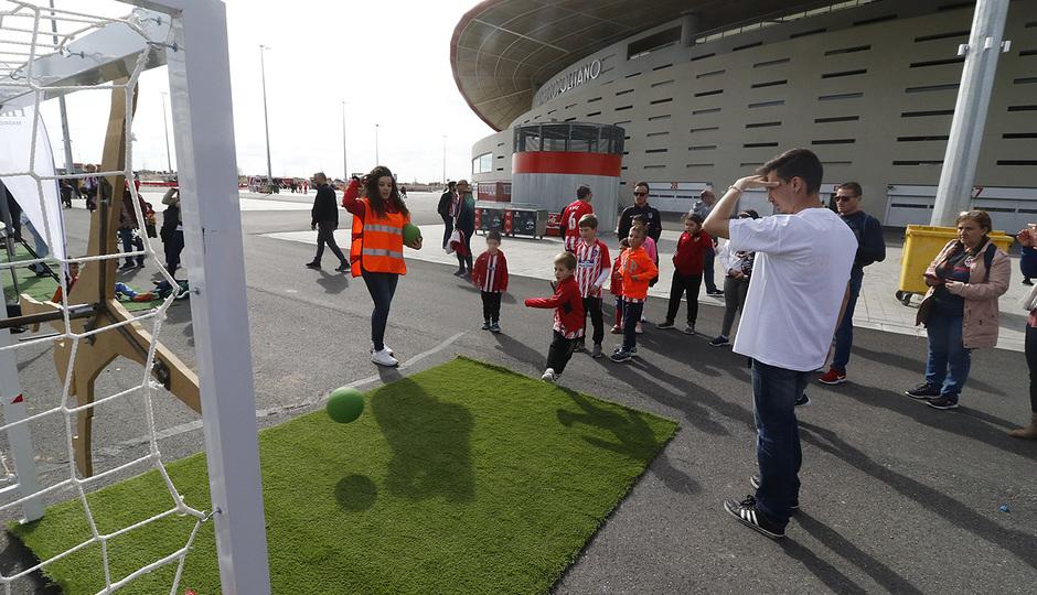 Temp. 17-18 | Atlético de Madrid - Levante | Día del Niño |