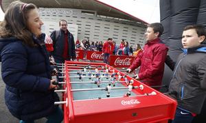 Temp. 17-18   Atlético de Madrid - Levante   Día del Niño   Coca Cola