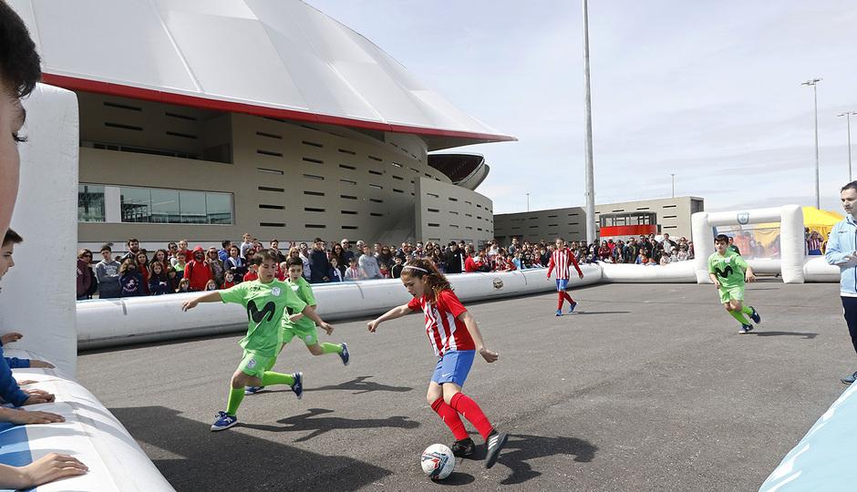 Temp. 17-18 | Atlético de Madrid - Levante | Día del Niño | Atlético de Madrid Femenino Alevín vs Inter Movistar