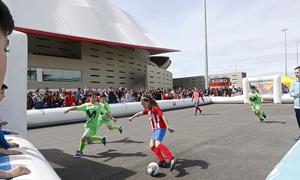 Temp. 17-18   Atlético de Madrid - Levante   Día del Niño   Atlético de Madrid Femenino Alevín vs Inter Movistar
