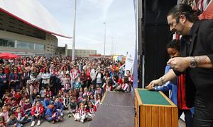 Temp. 17-18   Atlético de Madrid - Levante   Día del Niño   Escenario Plus500