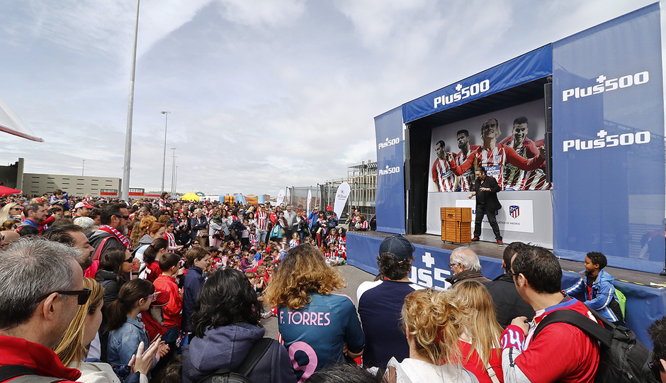 Temp. 17-18 | Atlético de Madrid - Levante | Día del Niño | Escenario Plus500