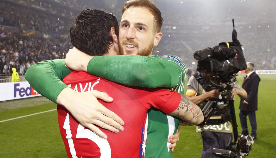 Temporada 17/18 | Final de Lyon de la Europa League | Olympique de Marsella - Atlético de Madrid | Celebración Oblak
