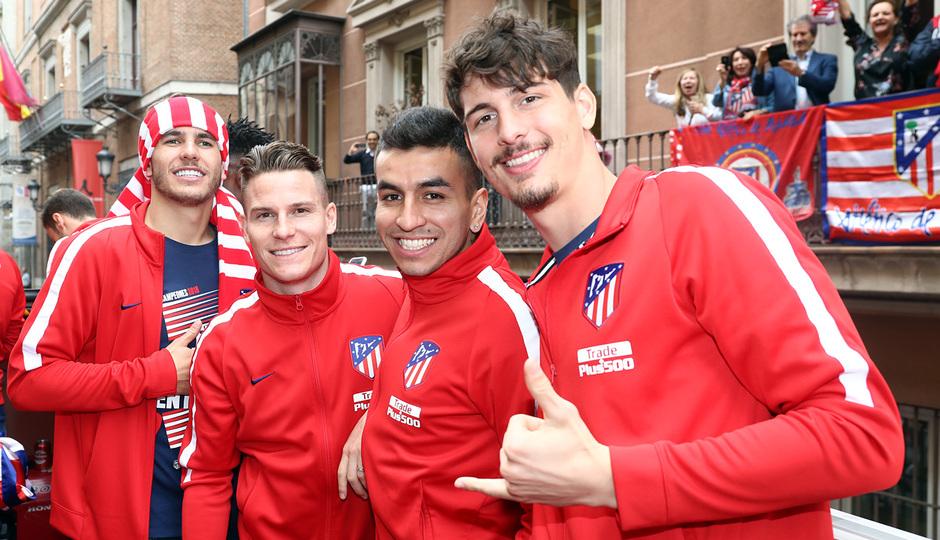 Temp 17/18 | Atlético de Madrid y Atlético de Madrid Femenino | 18-05-18 | Lucas, Gameiro, Correa y Werner