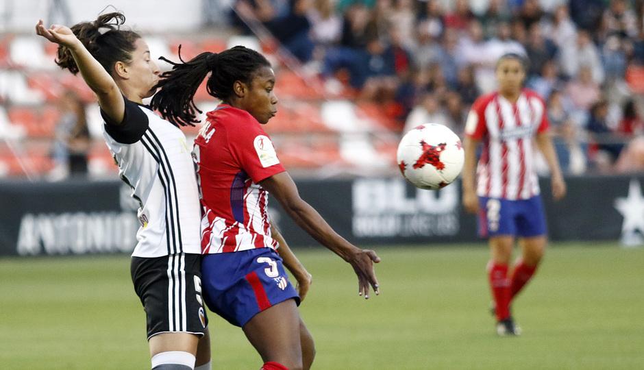 Temp 17/18   Valencia - Atlético de Madrid Femenino   Vuelta de cuartos de final de la Copa de la Reina   Ludmila Da Silva