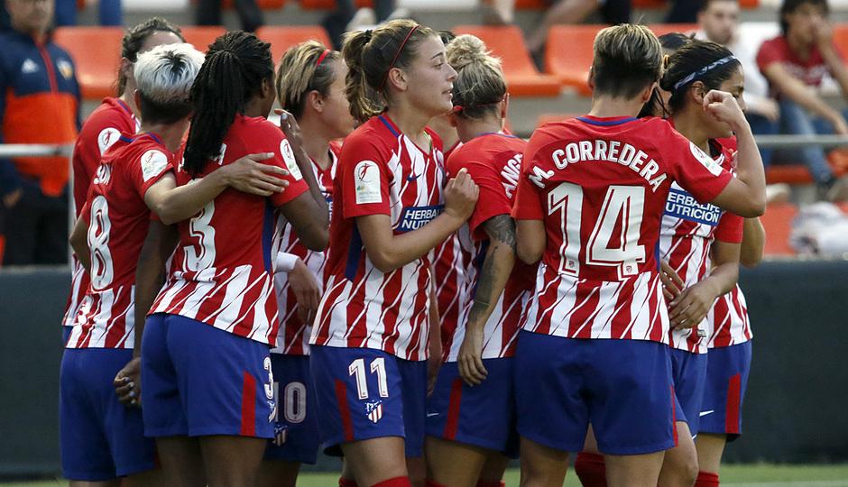 Temp 17/18   Valencia - Atlético de Madrid Femenino   Vuelta de cuartos de final de la Copa de la Reina   Amanda Sampedro celebración