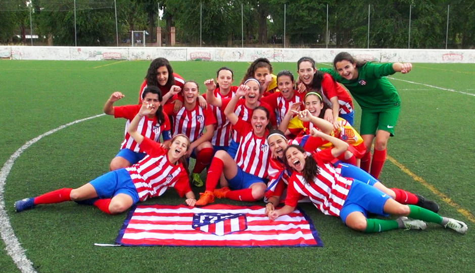 Temp. 17-18 | Femenino Juvenil D campeón | GALERÍA ACADEMIA 2018