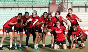 Temp 17/18 | Atlético de Madrid Femenino | Eentrenamiento en el estadio Romano de Mérida | Final Copa de la Reina | Foto de equipo