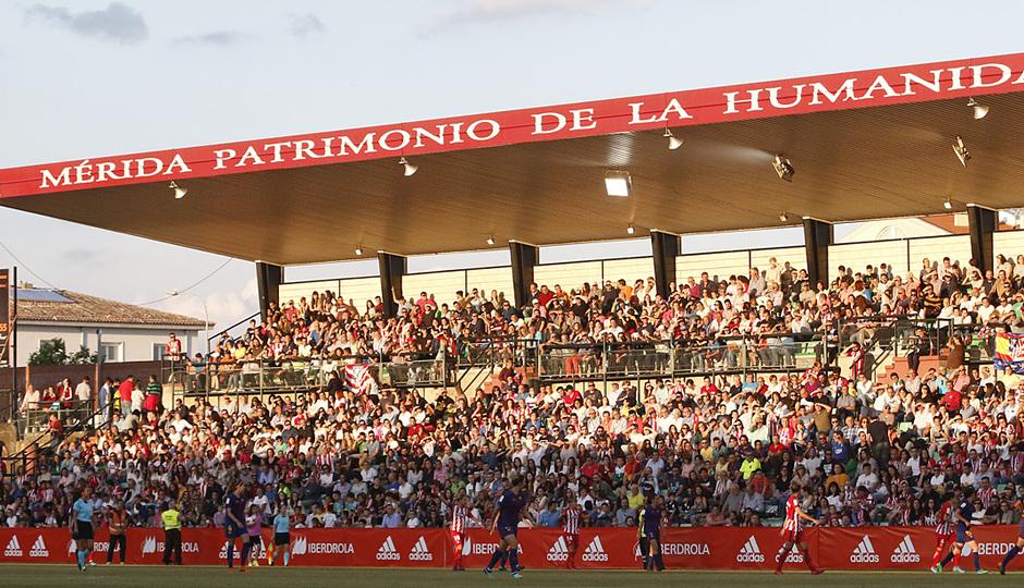 Temp. 17-18 | Final Copa de la Reina 2018 | FC Barcelona - Atlético de Madrid Femenino | Gradas