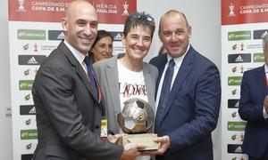 Temp. 17-18 | Final Copa de la Reina 2018 | FC Barcelona - Atlético de Madrid Femenino | Lola Romero y Luis Rubiales