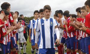 Wanda Football Cup   Entrega de trofeos   Pasillo del Infantil A al Oporto