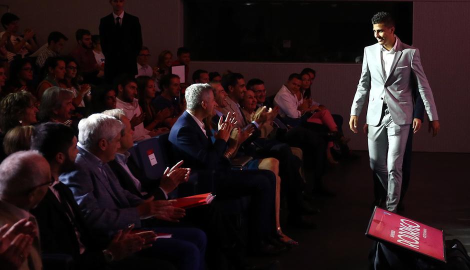 Temp. 18-19 | Presentación de Rodrigo Hernández en el Auditorio del Wanda Metropolitano | Entrada al auditorio
