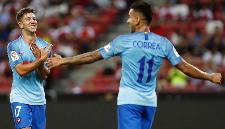 Temporada 2018-2019 | ICC Singapur  | Atlético de Madrid - Arsenal | abrazo Vietto y Correa