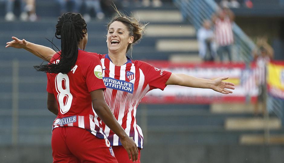Temporada 2018-2019   Málaga CF Femenino - Atlético de Madrid Femenino   Esther y Ludmila