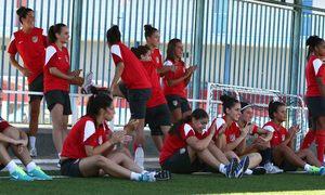 Temporada 2012-2013. Las jugadoras exaustas tras la prueba de resistencia